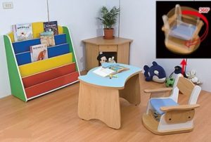 BE3. Bureau pour enfant
